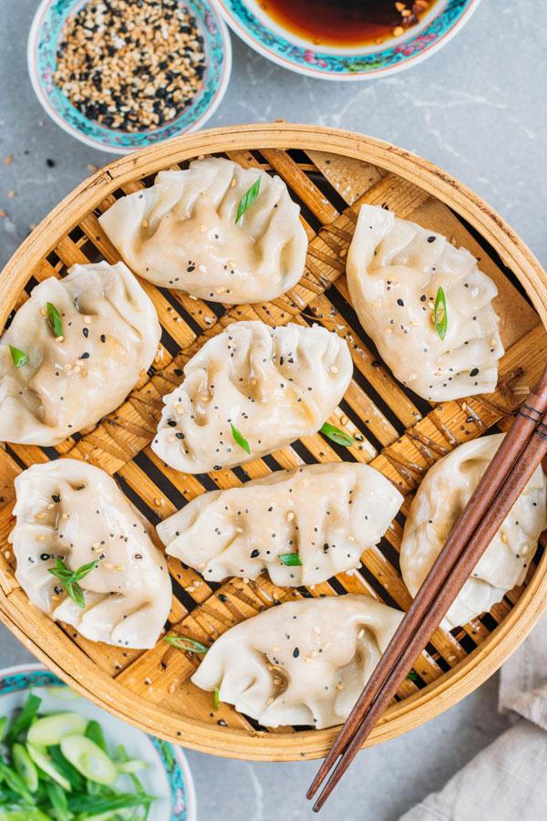 vegetable steamed dumplings